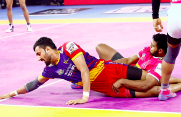 Pro Kabaddi 2019 -- UP Yoddha tase fifth win in a row with 38-32 victory over Jaipur Pink Panthers