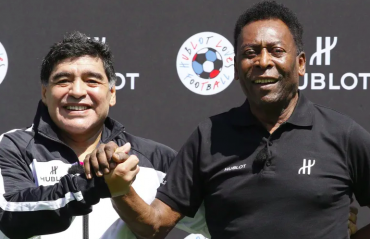 Pele & Maradona: the two perfect 10s are now 80 and 60