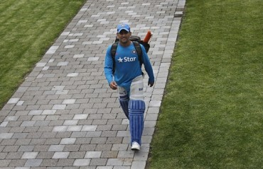 'Fit' Dhoni best at No.6; will himself say 'guys I'm done', when time comes: Ajay Jadeja