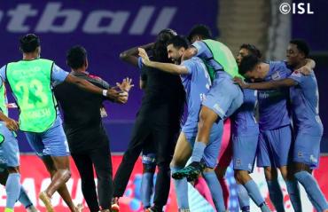 ISL 2021 PLAYOFFS  -- Mumbai City beat FC Goa in insane penalty shootouts