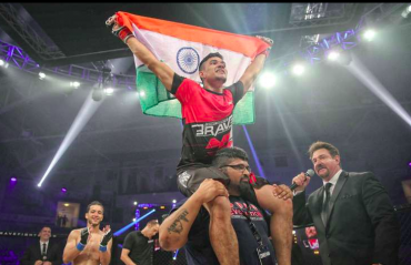 Sensational Mohammed Farhad knocks out Pakistani opponent Uloomi Karim at BRAVE CF 47