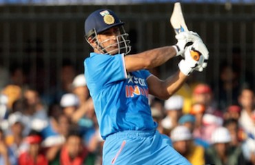 Lot of people wait with open swords wanting you to make mistakes: Dhoni