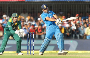 Ganguly hails Dhoni coming up the order