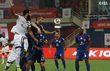 Half Time Report: Mumbai's Subrata Pal makes strong comeback to hold off attacking Chennai