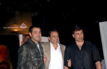 Dharmendra, Delhi Daredevils owners buy teams in Pro Wrestling League;  Nov 3 auction