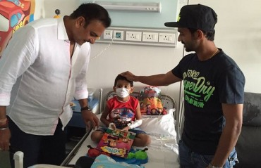 Watch Rahane and Shastri make life brighter for cancer-afflicted kids at Tata Memorial