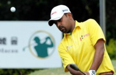 Golfer Lahiri puts one hand on Asian Tour Merit trophy