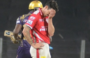 Mitchell Johnson retires; colleagues and IPL team-mates praise aggressive approach