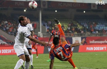 Half Time Report: Dull half at Balewadi as Pune and Chennai go through motions