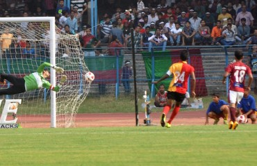 A restless night awaits the fans on the eve of an unpredictable Kolkata Derby
