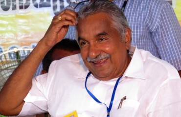 It's wrong to continue ban on Sreesanth: Oommen Chandy