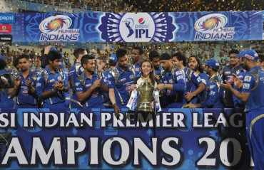 Mumbai Indians and Ponting asks fans to pick the players they want to see in the team