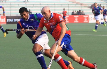 Dabang Mumbai defeats Uttar Pradesh 6-3 to keep their maiden semi-final hopes alive