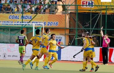 Punjab enter third consecutive HIL final