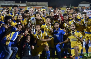 Punjab Warriors third time lucky, clinch maiden HIL title