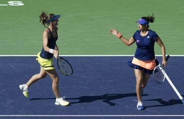 Sania-Martina register first round win at the BNP Paribas Open