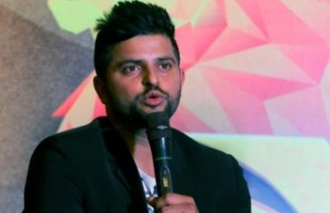 Raina's epic reply to a journalist gets the entire press room laughing