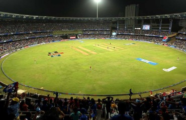 150 fans asked to leave Wankhede stadium for carrying 'fake' tickets for MI v KKR game