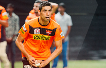 Sunrisers suffer a huge blow as hamstring injury rules Nehra out of IPL