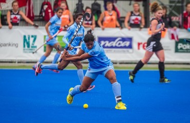 Indian Eves lose 2-1 to Australia in hard-fought encounter