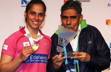 From PM to Bollywood, biggies tweet wishes to Saina; Kundra sends reminder