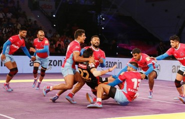 Jasvir Singh's dying minute heroics help Jaipur Pink Panthers draw level with Bengaluru Bulls 28-28