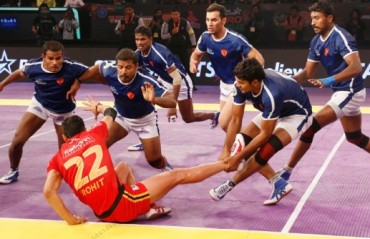 Marauding Meraj massacres the Bulls, helps Dabang Delhi grab their first win of the season