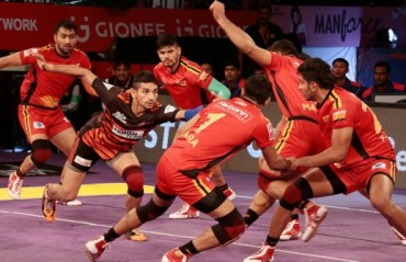 Neck-to-neck battle, victory by a hair's width: U Mumba slip through the Bulls' death grip