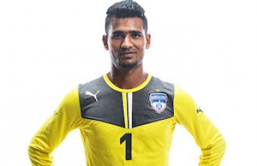 Chennaiyin FC retain Eder Monterio and Pawan Kumar