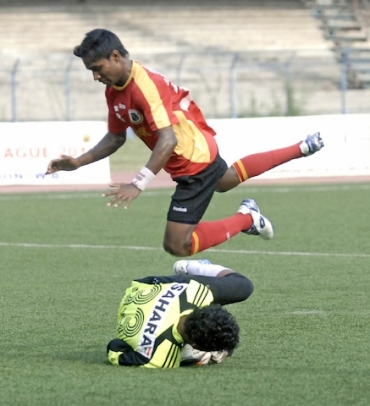 East Bengal rally to win 3-2 against Army XI