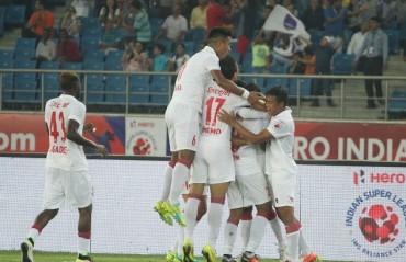 WATCH: Delhi Dynamos sweat it out ahead of their clash against Chennaiyin FC