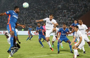 Play by Play: 10 man FC Goa beat NorthEast in the last minute of the game