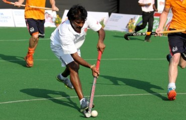 Pillay bats for Indian players above 30 years for inclusion in HIL