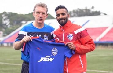 Bengaluru FC add to arsenal, sign former East Bengal medio Khabra