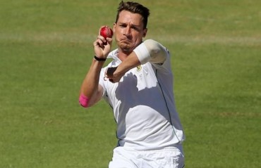 Shoulder injury likely to keep Dale Steyn out of IPL 2017
