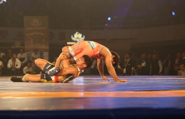 Haryana Hammers dominate over Mumbai Maharathi to win opening tie of PWL Season 2
