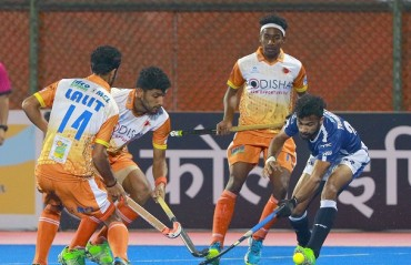 Dabang Mumbai beat Kalinga Lancers 5-2 to regain top spot