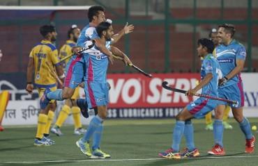 Uttar Pradesh Wizards beat Jaypee Punjab Warriors 6-2 in an away fixture